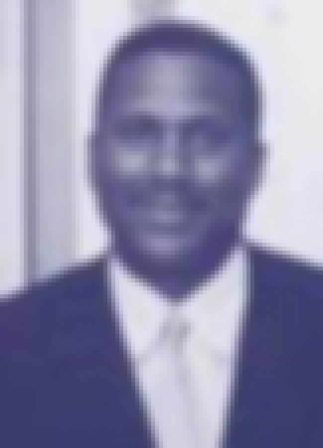 Tavis Smiley is listed (or ranked) 5 on the list List of Famous Advocates