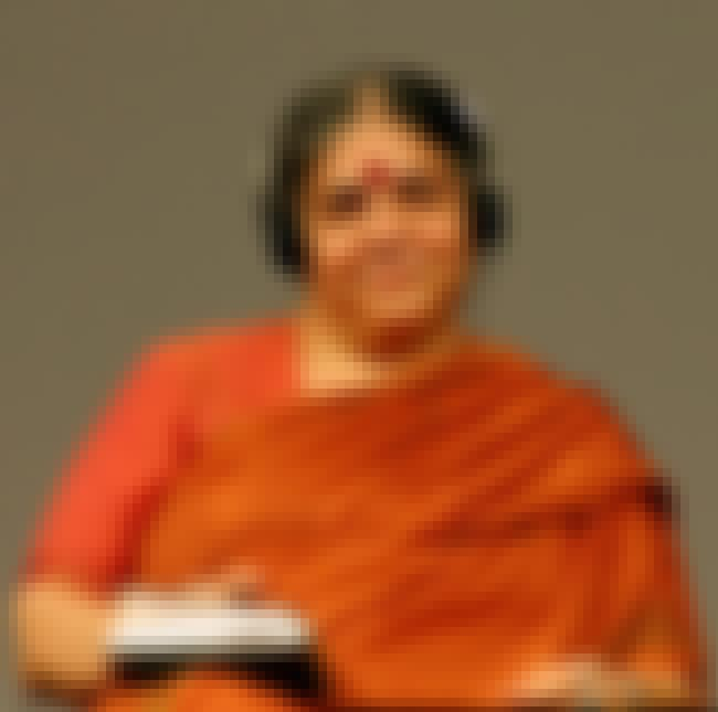 Vandana Shiva is listed (or ranked) 8 on the list Famous Female Physicists