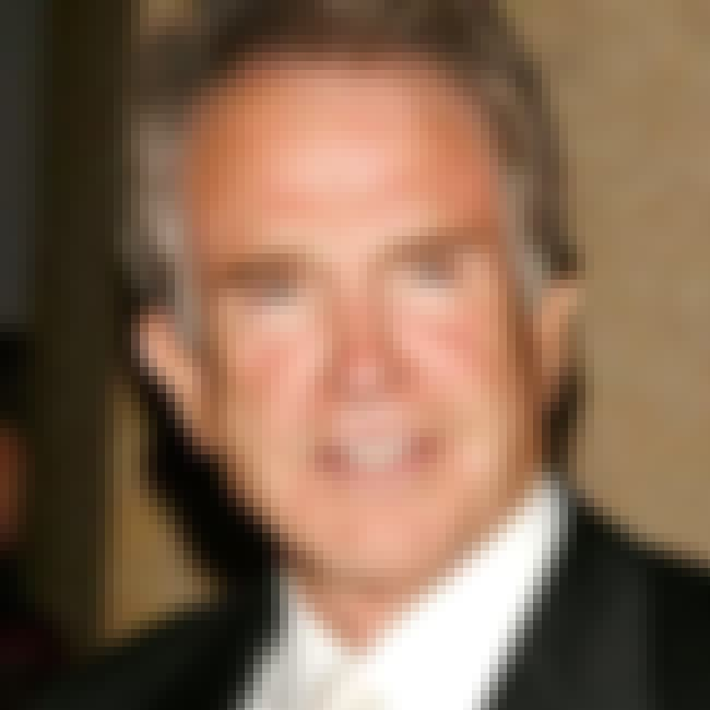 Warren Beatty is listed (or ranked) 6 on the list Famous Friends of Halle Berry