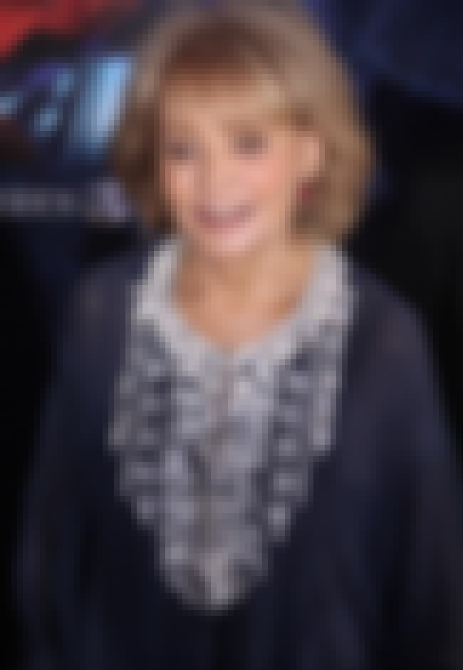 Barbara Walters is listed (or ranked) 4 on the list 19 Famous People with Lisps