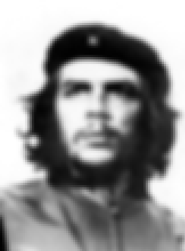 Che Guevara is listed (or ranked) 2 on the list List of Famous Revolutionaries