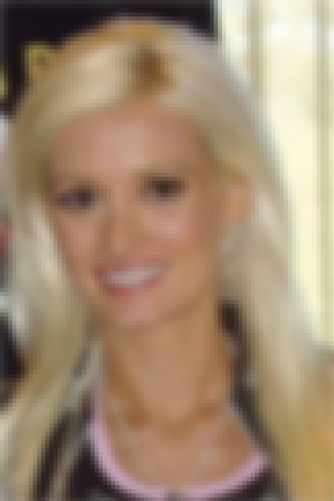 Holly Madison is listed (or ranked) 6 on the list The Best Reality Stars on Twitter