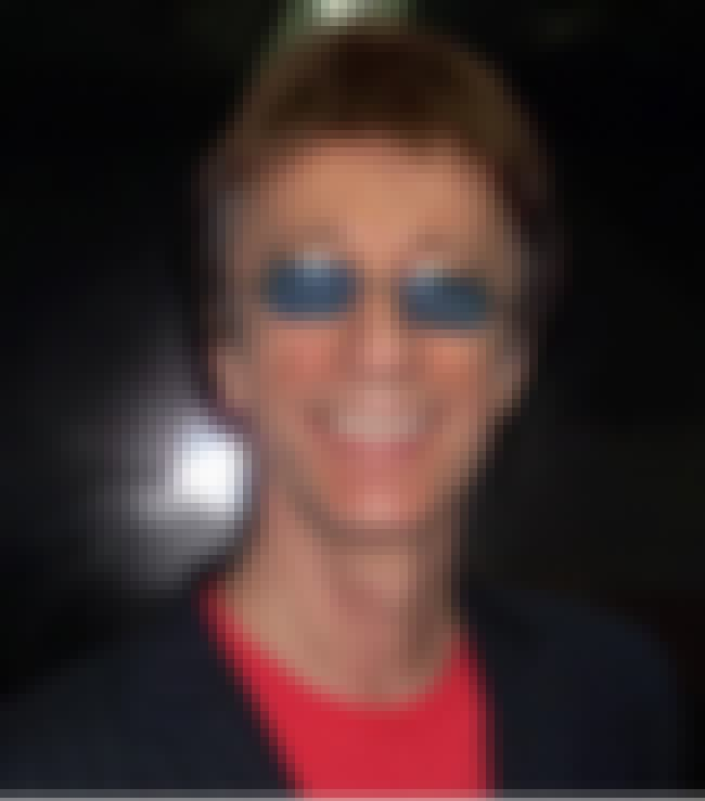 Robin Gibb is listed (or ranked) 4 on the list Dead Musicians of 2012