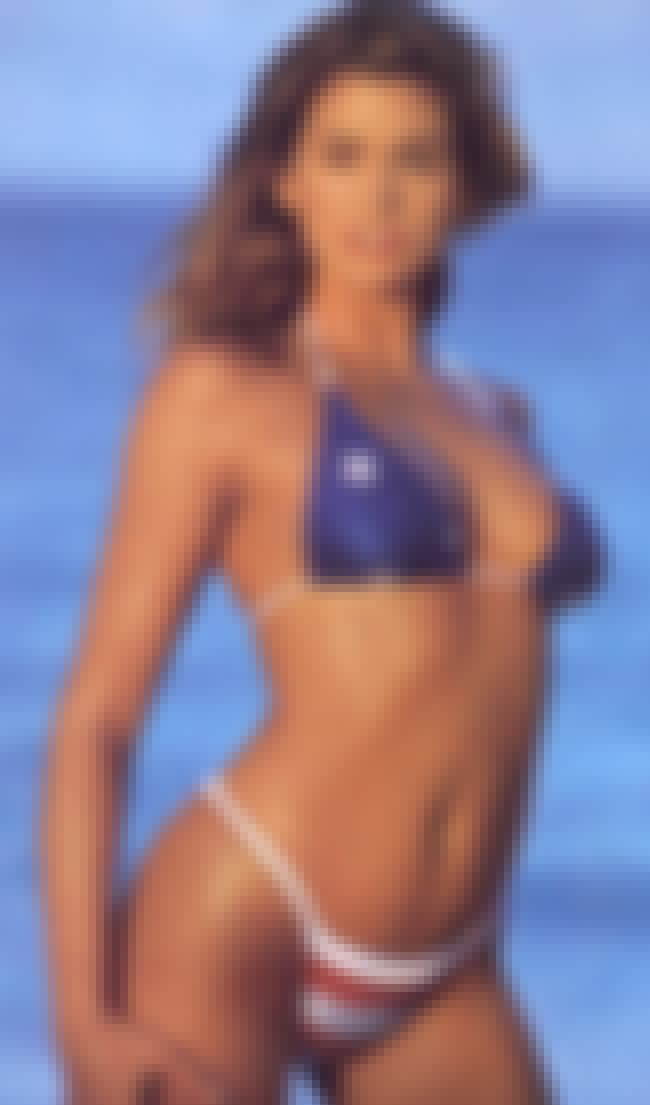 Cindy Crawford is listed (or ranked) 1 on the list Hottest Sports Illustrated Swimsuit Models of All Time