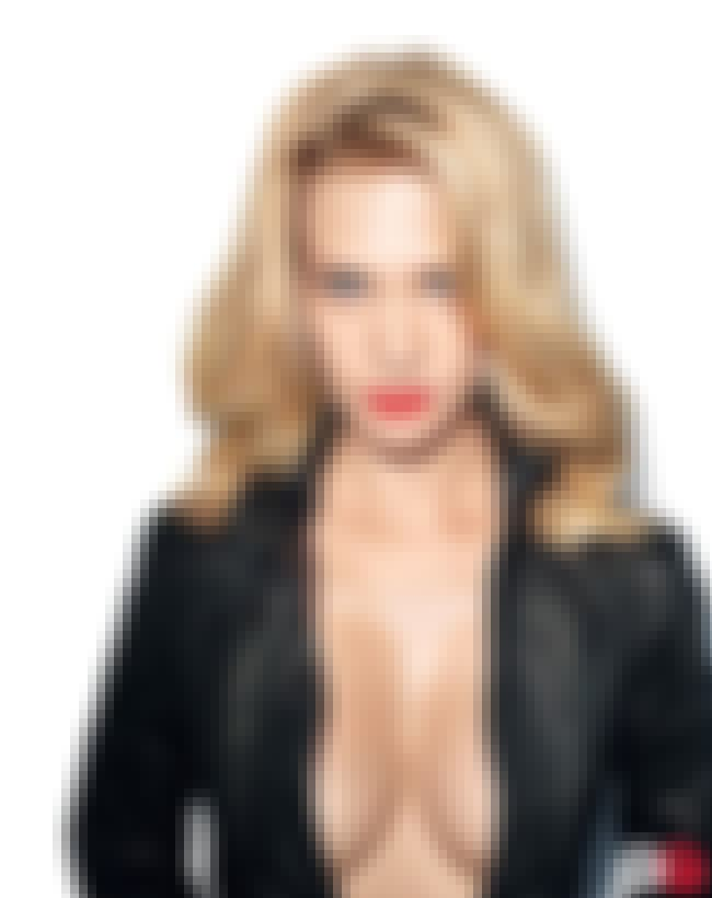 This Is The Only Way Women Sho... is listed (or ranked) 1 on the list The 38 Hottest January Jones Pictures of All Time