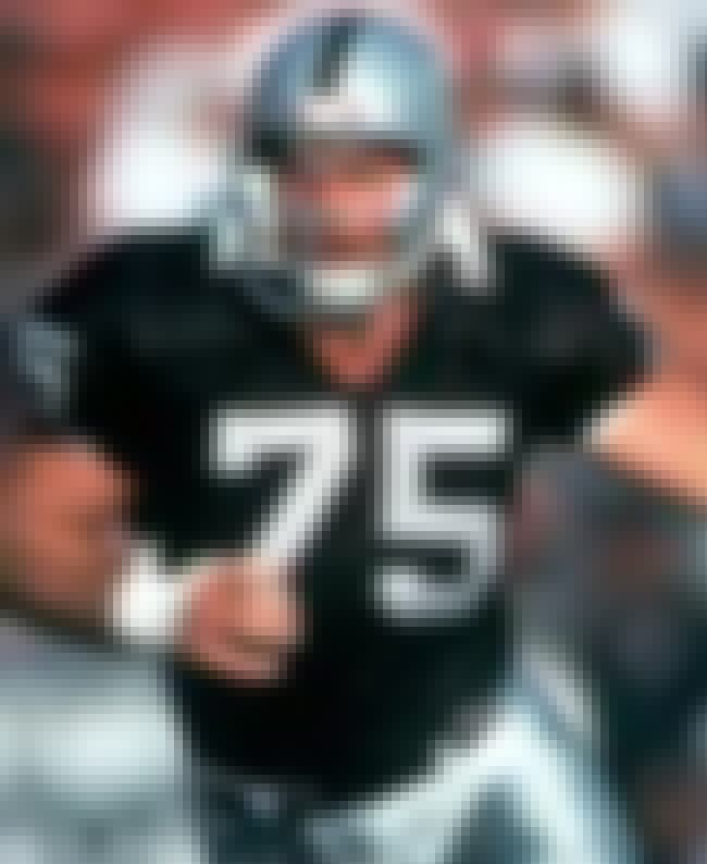 Howie Long is listed (or ranked) 8 on the list The Greatest Oakland Raiders of All Time