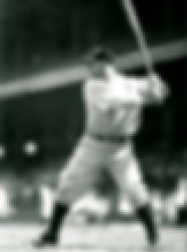 Lou Gehrig is listed (or ranked) 5 on the list The Top 25 Greatest Baseball Players of All Time