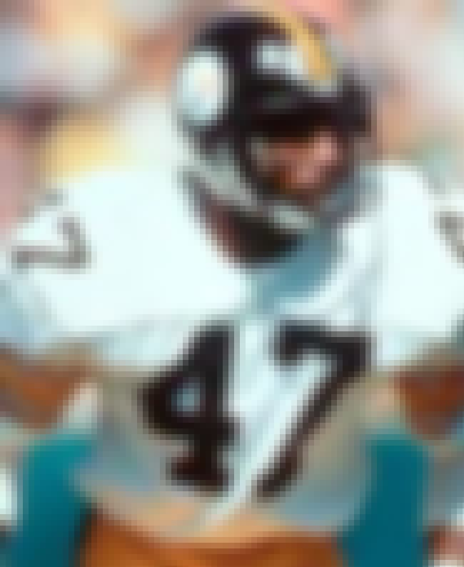 Mel Blount is listed (or ranked) 1 on the list The Top 10 Greatest Cornerbacks of All Time