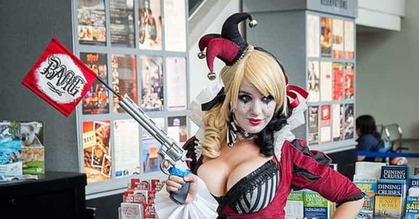 Cosplays hottest ExtremeCosplay