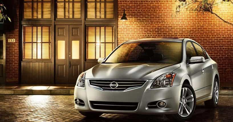 best midsize family sedans list of midsize cars for families. Black Bedroom Furniture Sets. Home Design Ideas