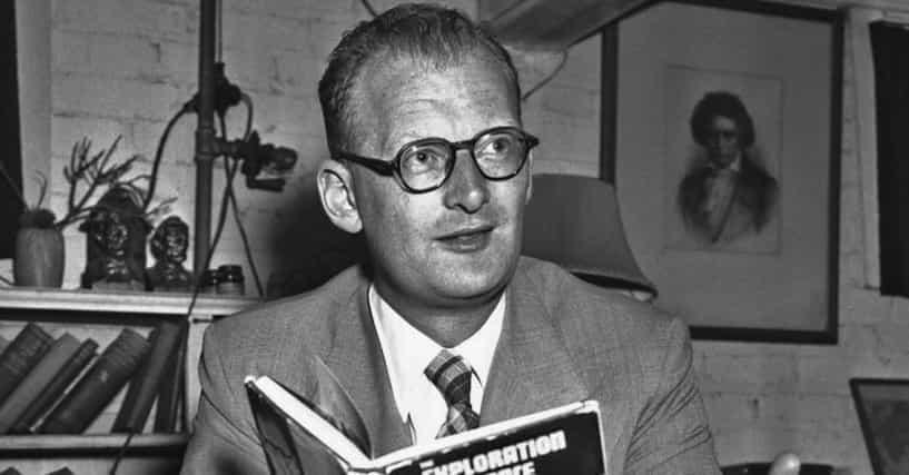 Arthur C Clarke Biography