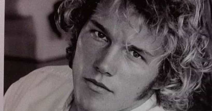 Celebrity Headshots  Photos Of Celebs Before They Were Famous-5809