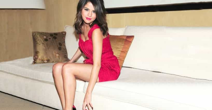 Shoe Size For Selena Gomez