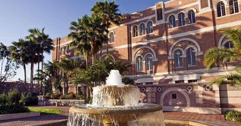 Most Beautiful College Campuses List Of Prettiest Colleges
