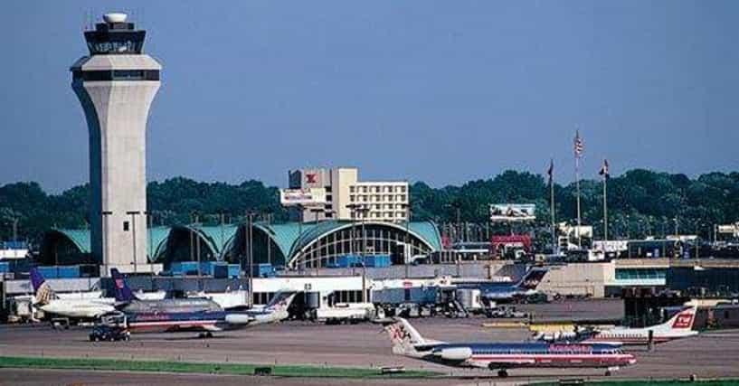 Lambert-St. Louis International Airport Airlines | List of ...