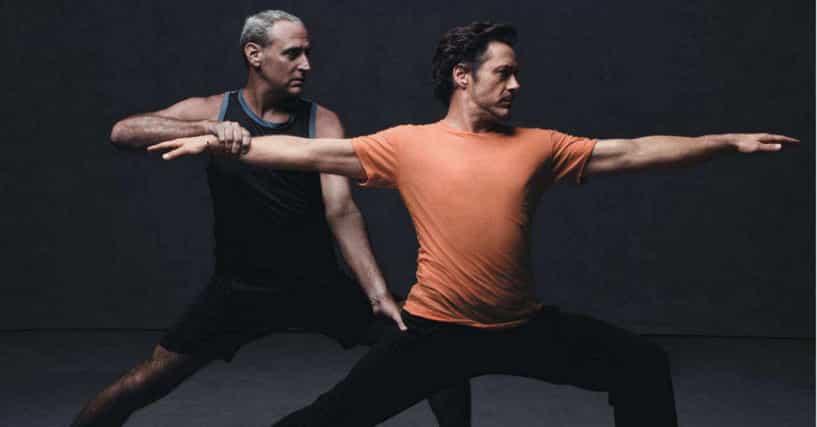 Celebrities Who Do Yoga List Of Famous People Who Do Yoga