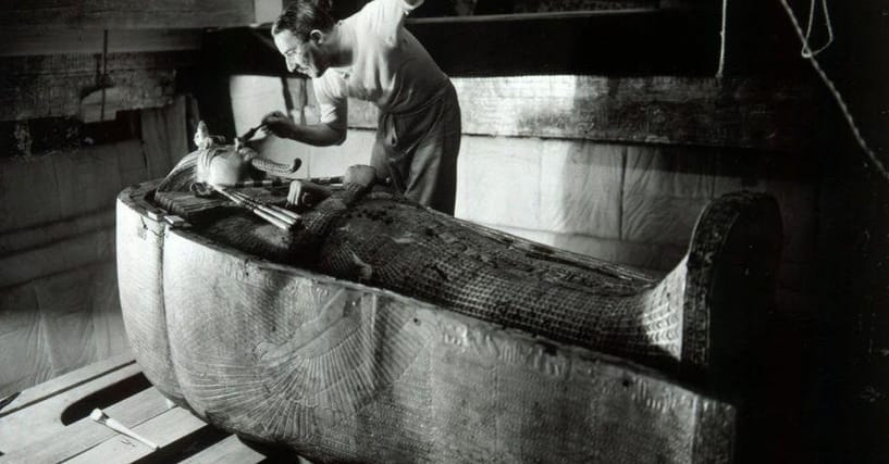 31 Fascinating Items Archaeologists Found Inside King Tut's Tomb