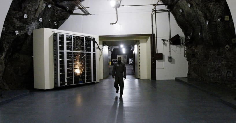 What's It Like Inside The Cold War Bunkers Designed To Keep The President Safe During Nuclear War?