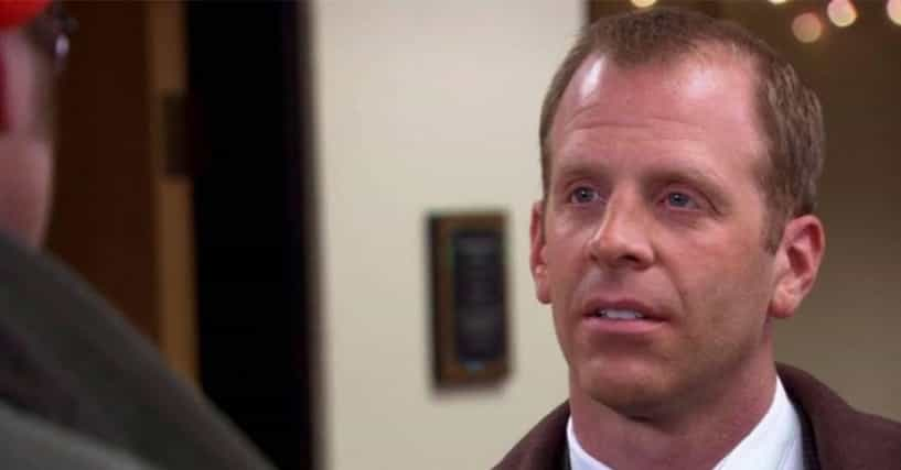There's An Alarming Amount Of Evidence That Toby Is The Real Scranton Strangler