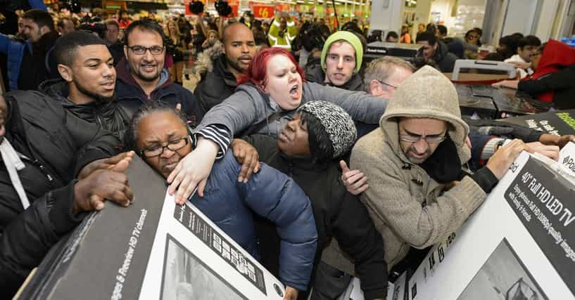 Retail Employees Reveal The Most Horrifying Things They've Witnessed On Black Friday