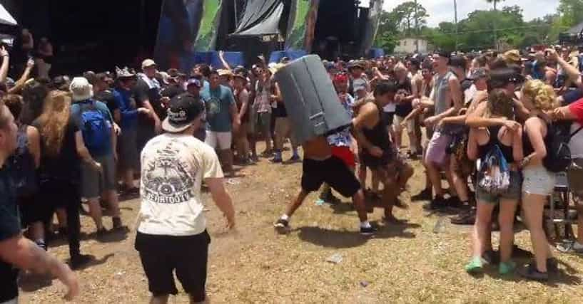 Horrifying Warped Tour Stories That Aren't Worth The Mosh Pit