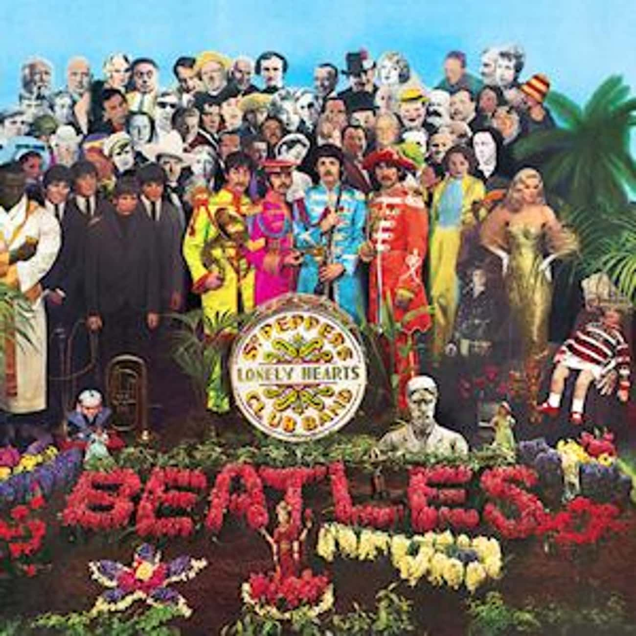 Sgt. Pepper's Lonely Hearts Cl is listed (or ranked) 3 on the list The Greatest Album Covers of All Time