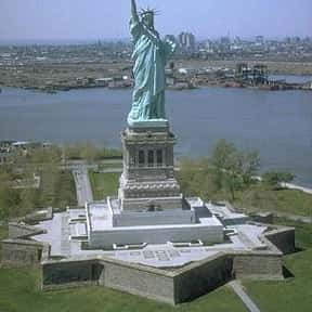 Statue of Liberty is listed (or ranked) 1 on the list The Top Must-See Attractions in New York