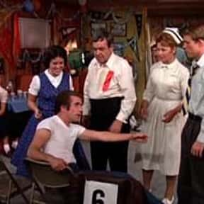 They Shoot Fonzies, Don't They is listed (or ranked) 2 on the list The Best Happy Days Episodes
