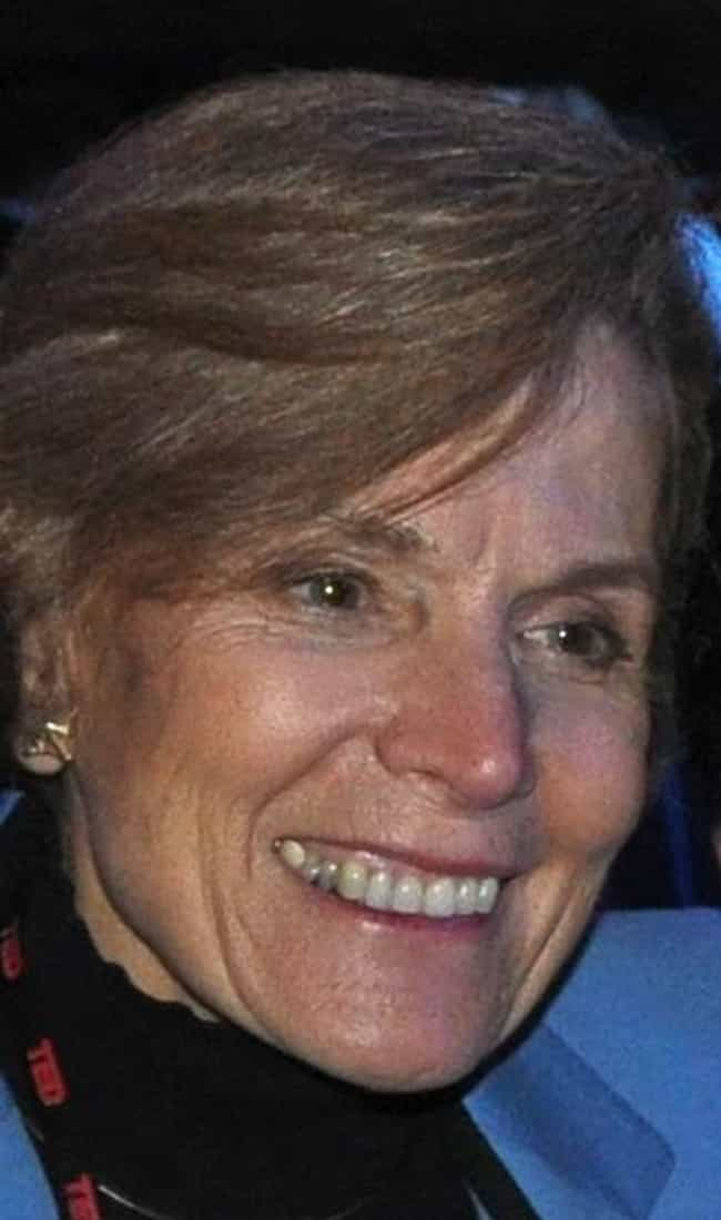 Sylvia Earle is listed (or ranked) 2 on the list List of Famous Oceanographers