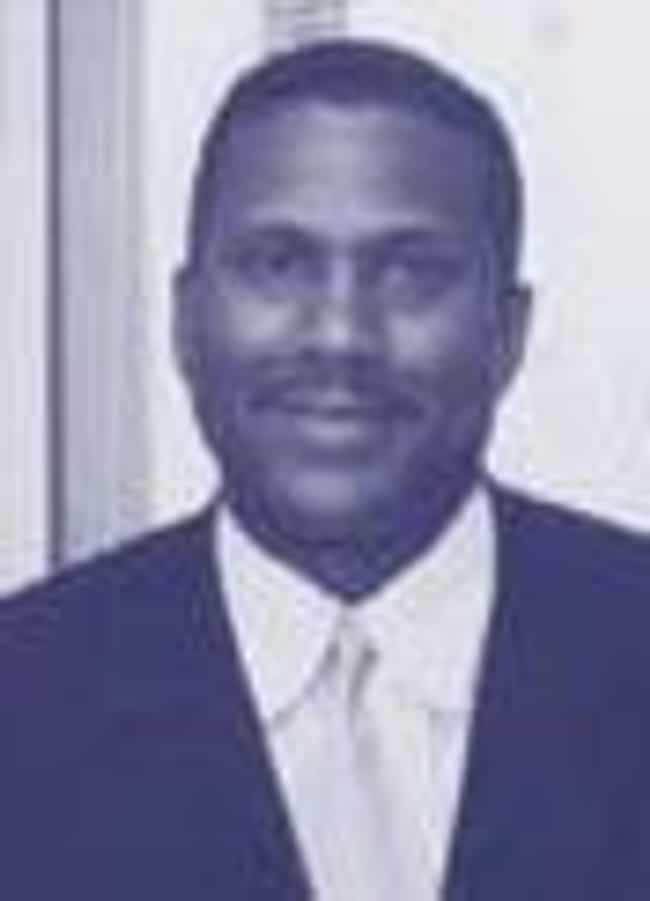 Tavis Smiley is listed (or ranked) 2 on the list Famous Male Advocates