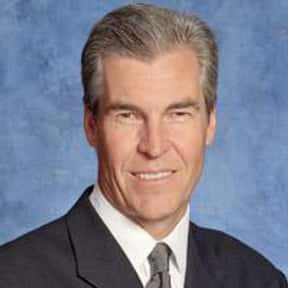 Terry J. Lundgren is listed (or ranked) 21 on the list Famous University Of Arizona Alumni