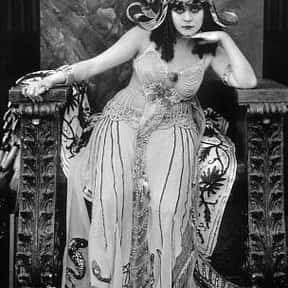 Theda Bara is listed (or ranked) 3 on the list Famous University Of Cincinnati Alumni