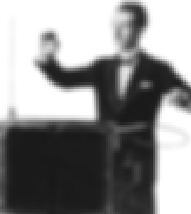 Theremin is listed (or ranked) 4 on the list Electronic keyboard - Instruments in This Family
