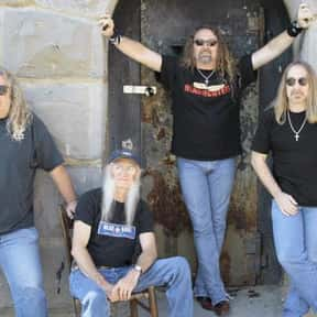 The Kentucky Headhunters is listed (or ranked) 3 on the list The Best Musical Artists From Kentucky