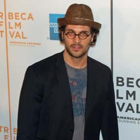 Todd Stashwick is listed (or ranked) 10 on the list Full Cast of Surfer Dude Actors/Actresses
