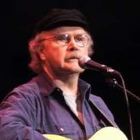 Tom Paxton is listed (or ranked) 10 on the list Famous Guitarists from Chicago
