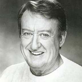 Tom Poston is listed (or ranked) 2 on the list Famous Bethany College Alumni