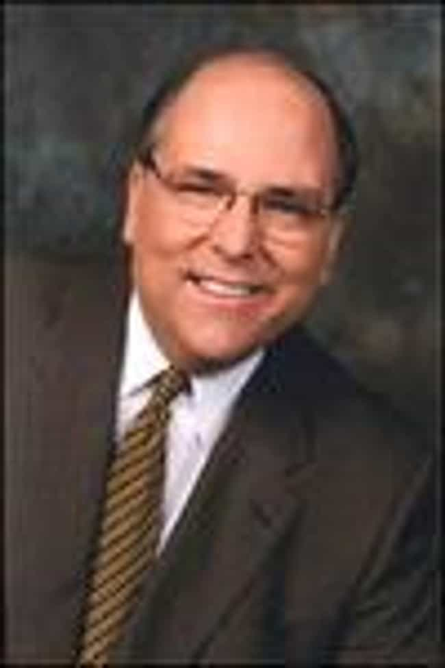 Tom Skilling is listed (or ranked) 4 on the list Famous Male TV Meteorologists