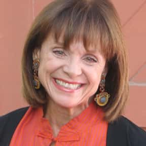 Valerie Harper is listed (or ranked) 25 on the list Golden Apple Most Cooperative Actress Winners
