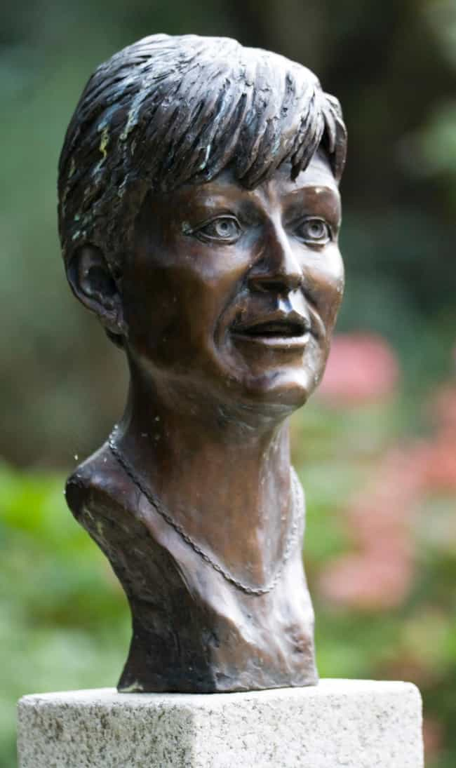Veronica Guerin is listed (or ranked) 3 on the list Famous Female Accountants