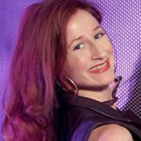 Vicki Lewis is listed (or ranked) 10 on the list Famous University Of Cincinnati Alumni