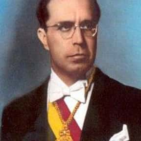 Víctor Paz Estenssoro is listed (or ranked) 11 on the list Famous People From Bolivia