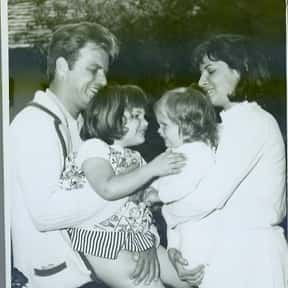 Vic Morrow is listed (or ranked) 7 on the list Full Cast of King Creole Actors/Actresses
