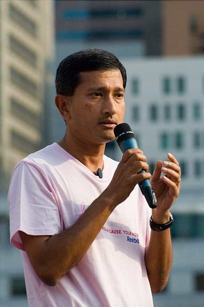 Vivian Balakrishnan is listed (or ranked) 1 on the list Famous Anglo-Chinese School Alumni