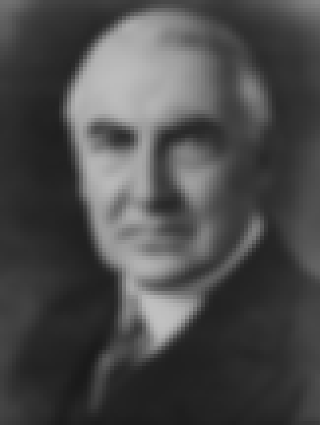 Warren G. Harding is listed (or ranked) 1 on the list Famous People Buried in Ohio