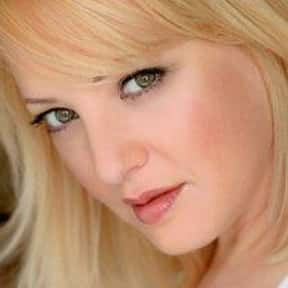Wendi McLendon-Covey is listed (or ranked) 8 on the list Reno 911! Cast List
