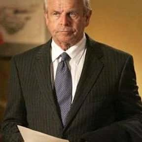 William Devane is listed (or ranked) 9 on the list Full Cast of Space Cowboys Actors/Actresses
