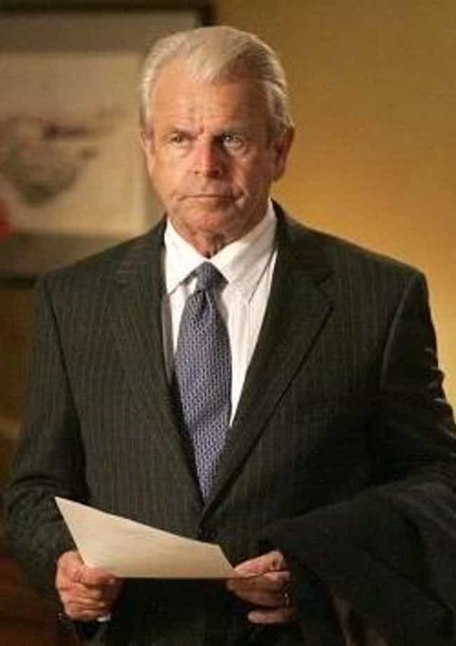 William Devane is listed (or ranked) 2 on the list The Top Ten 'It's That Guy' Guys