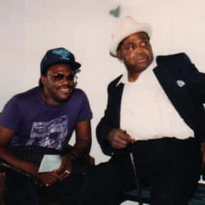 Willie Dixon is listed (or ranked) 4 on the list The Best Chicago Blues Bands/Artists