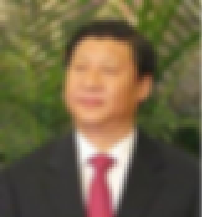 Xi Jinping is listed (or ranked) 2 on the list Famous Male Chemical Engineers